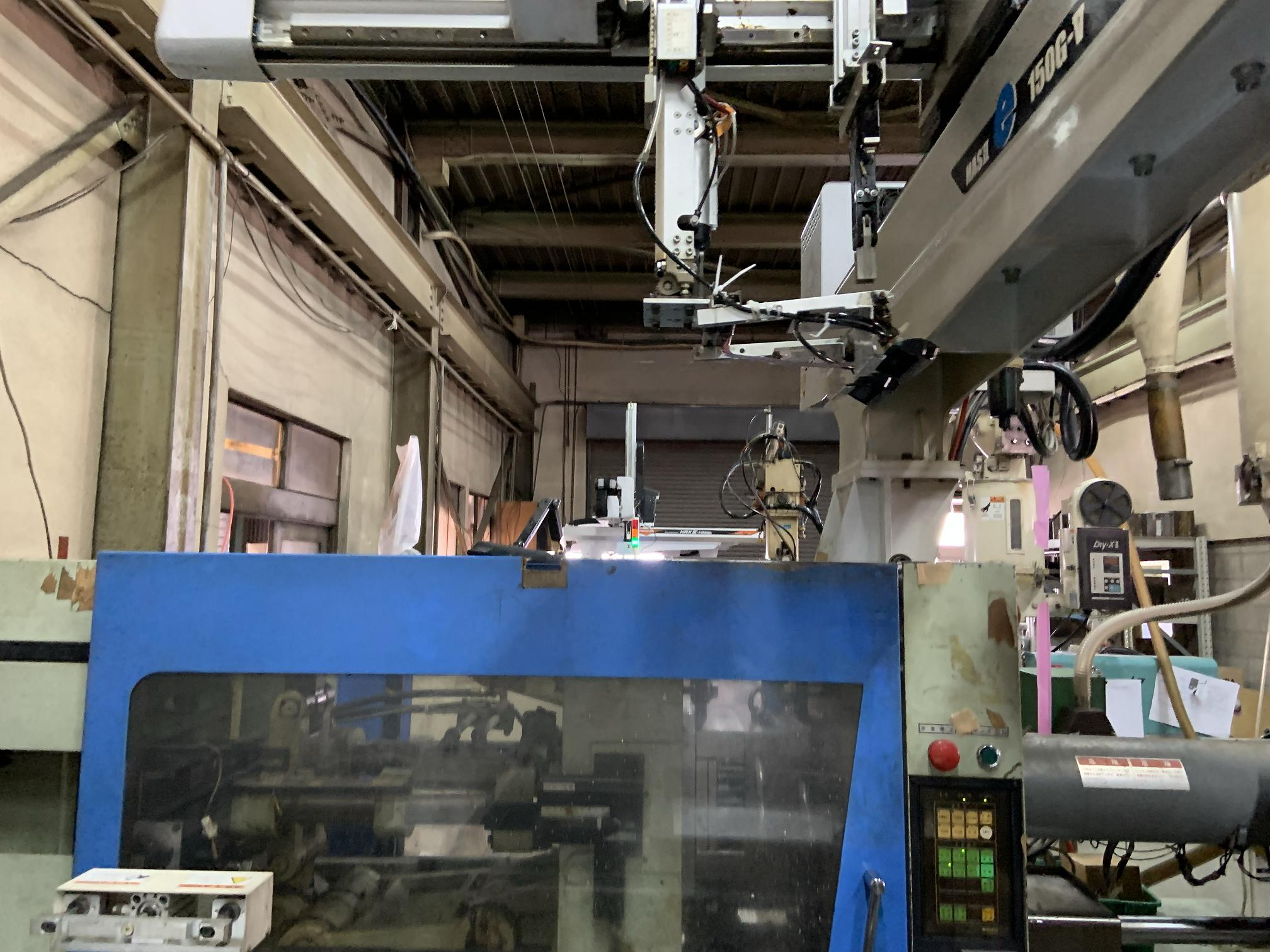 プラの射出成形工場の見学
